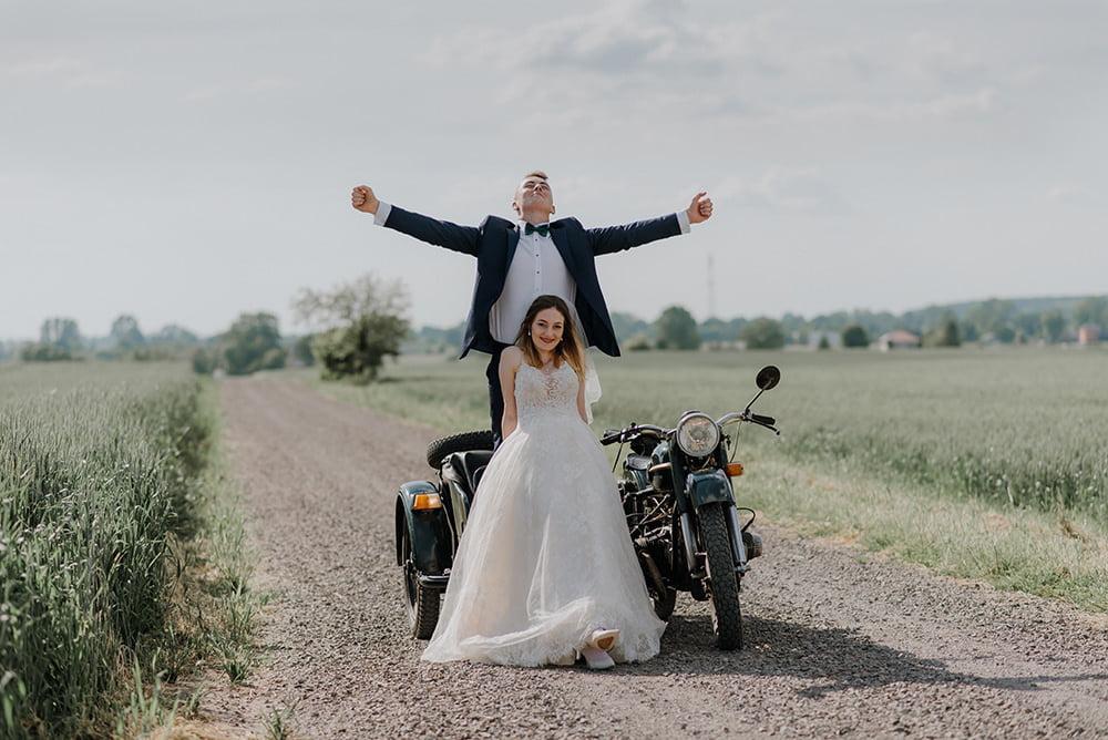 Sesja Ślubna na motorze fotograf na wesele